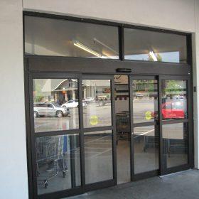 Автоматические двери для торговых центров