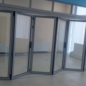 Двойные двери гармошка
